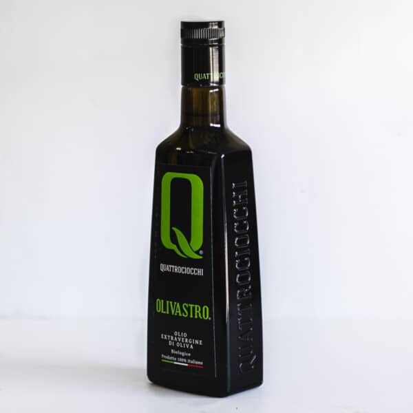 Side view of bottle of Quattrociocchi extra virgin olive oil