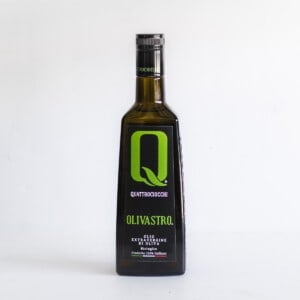 Bottle of Quattrociocchi extra virgin olive oil